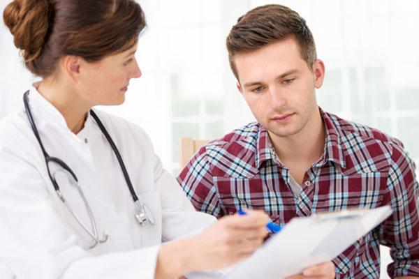 Trong trường hợp bệnh đã tiến triển đến giai đoạn 3,4 bệnh nhân cần đến viện kiểm tra